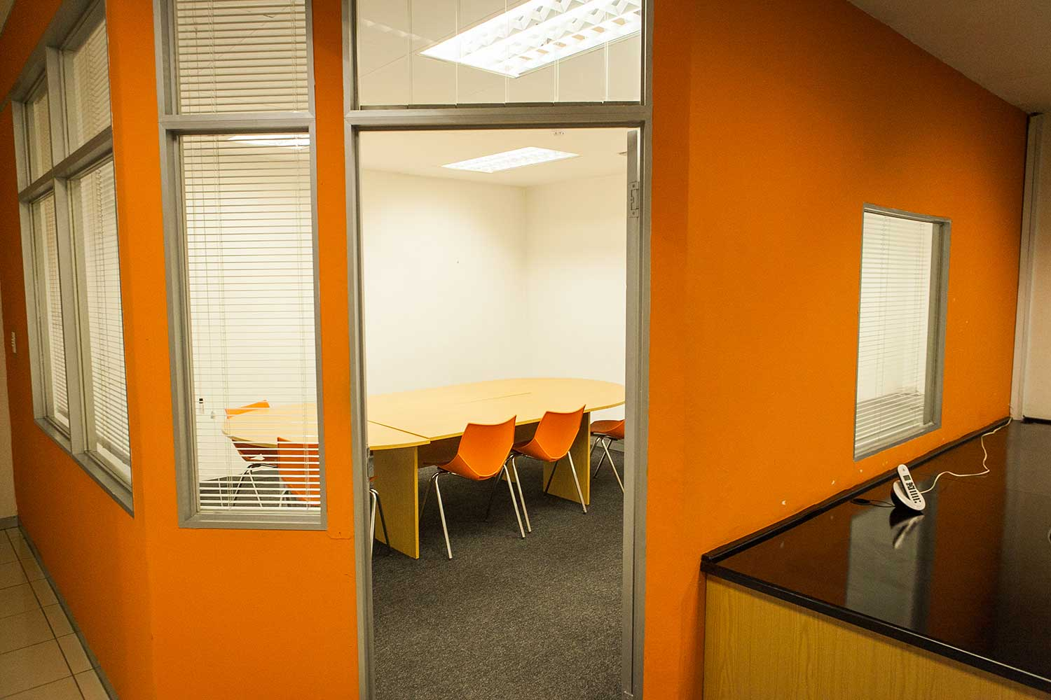 Flexi office meeting room at XtraSpace Commissioner Street