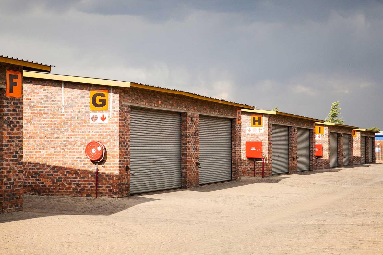 Self storage units at XtraSpace Alberton Garfield Road