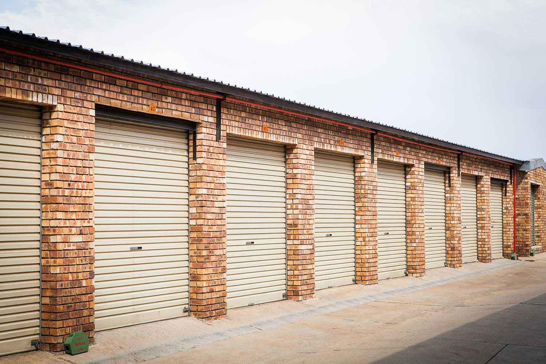 Outdoor self storage units at XtraSpace Alberton Combrinck Street