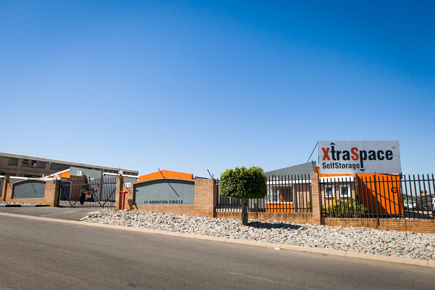 Street view of the XtraSpace Edenvale South storage facility