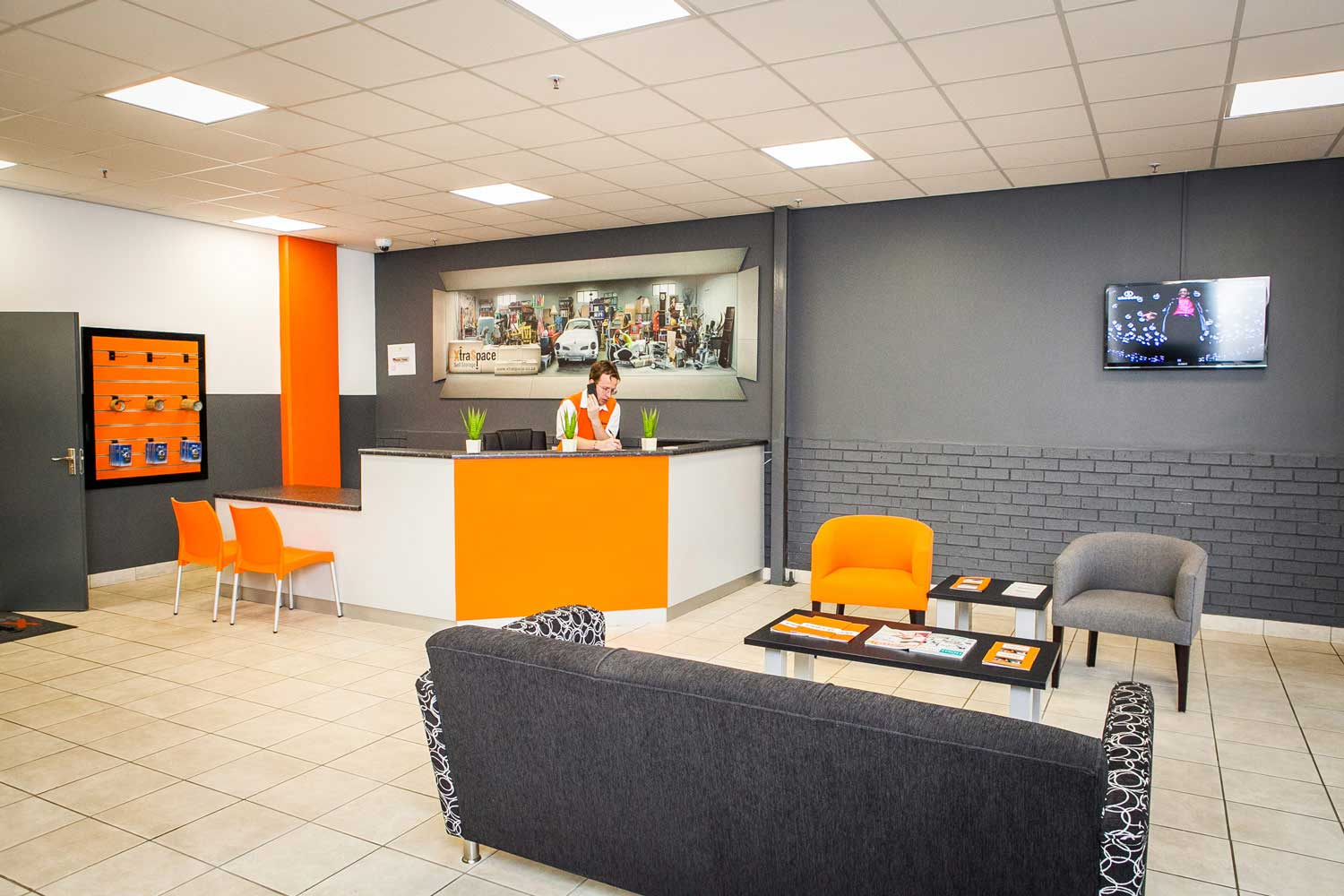 Waiting area at XtraSpace Willowton