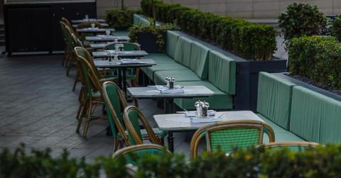 empty restaurant offseason winter