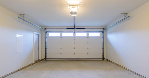 garage empty space room living