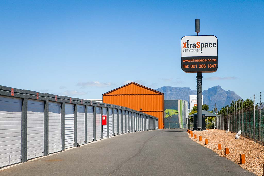xtraspace airport industria